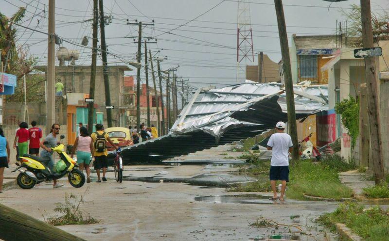Huracán Gilberto 9