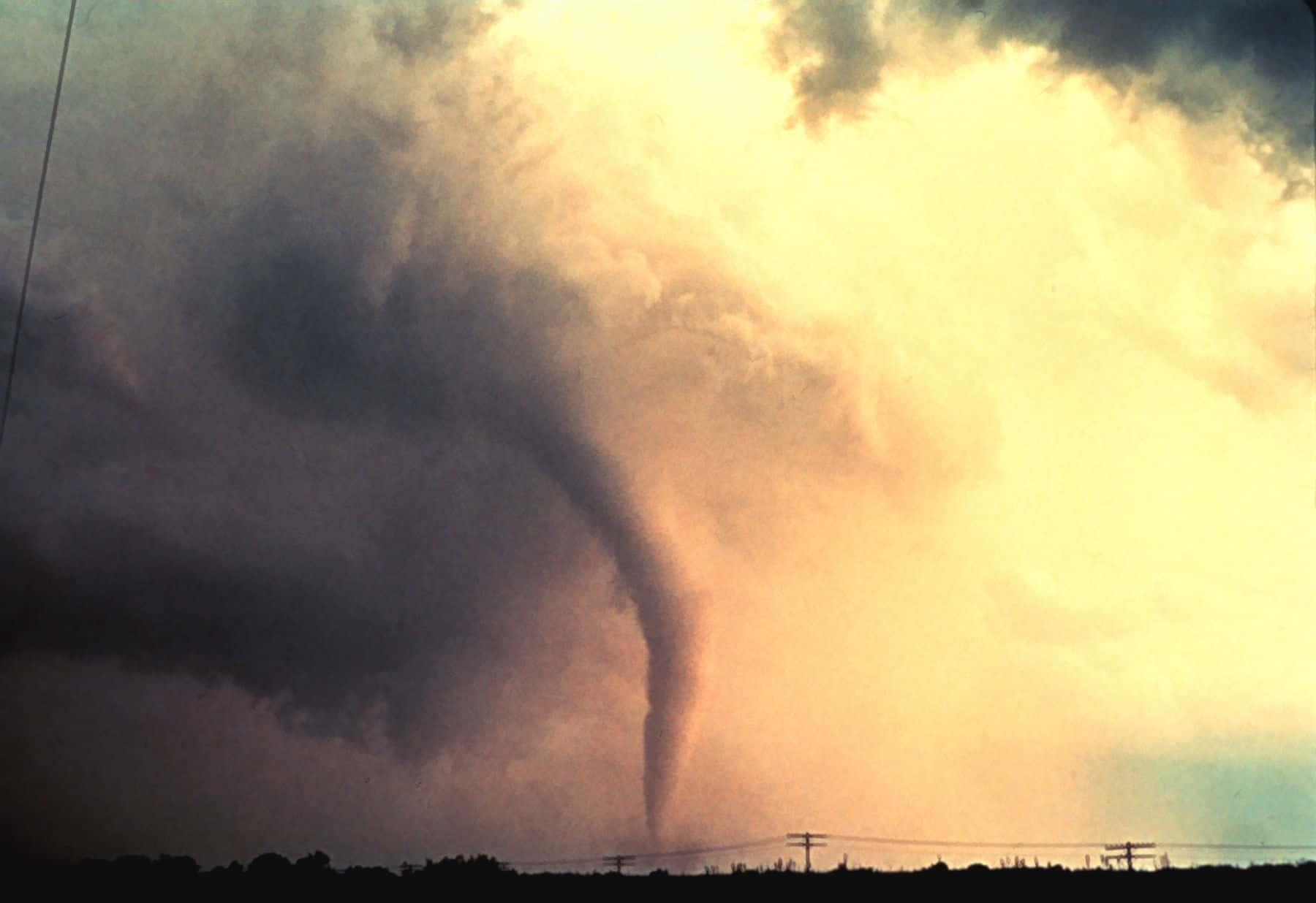 cómo se forman los tornados