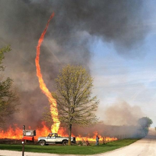 tornado de fuego